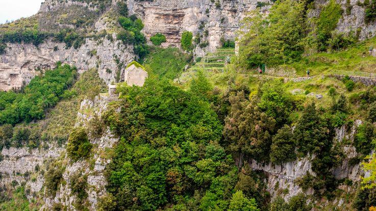 The wild nature in Amalfi Coast through the Path of the Gods. #amalficoast #pathofthegods #amalfi #positano #nocelle #agerola #panorama #picoftheday #view #landscape #sea #sun #trekking #path #stunningview #amazing #beautiful #nature #naturalpath #italy #southofitaly #visitamalficoast #visitsalerno #salerno #livesalerno #sentierodeglidei #pathofgods