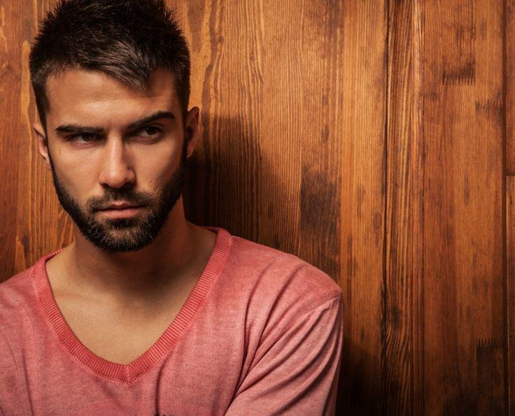 La barbe d'un homme est plus sale que la cuvette des toilettes