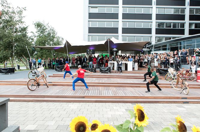 SCHIPHOL CBD * EVENTS * Street dance event for everybody working at Schiphol CBD