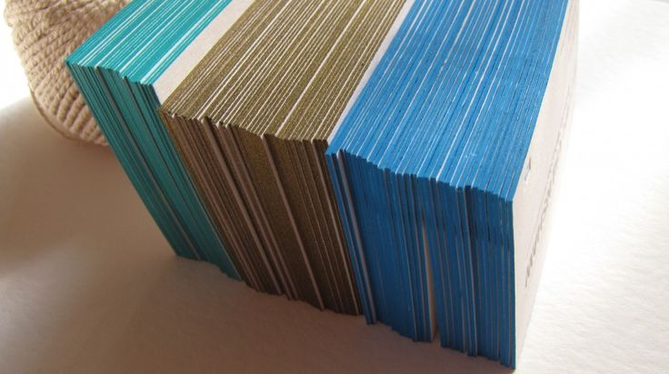 edge colouring with gold and blue colour