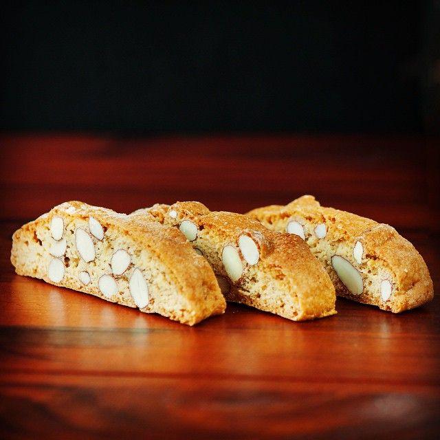 Was gibt es Besseres als italienische Biscotti? Cantuccini - so einfach, so gut. ☕️