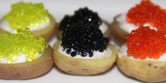Kelp Caviar on Potatos-0