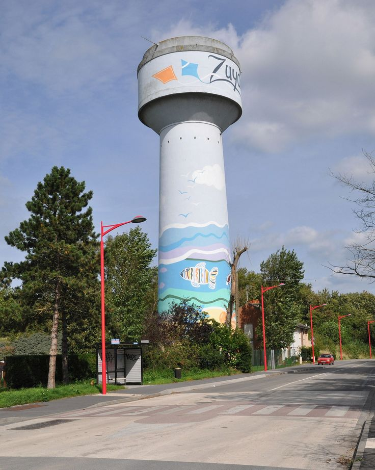 Zuidkote water tower - photo by Rapsak, via FlickeFlu;  France > Nord-Pas-de-Calais > Zuydcoote