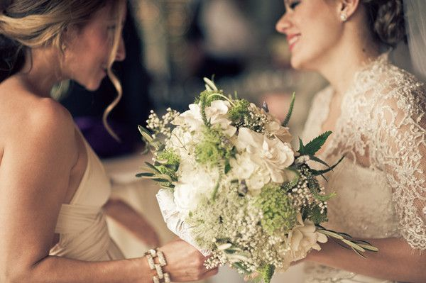 Queen Anne's lace, white roses, hydrangeas, baby's breath, and veronica {ALINA M PHOTOGRAPHY & DESIGN}