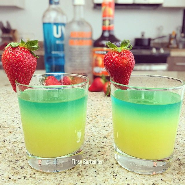 THE LICK HER RIGHT COCKTAIL. 1 oz. (30ml) Orange Vodka 1 oz. (30ml) Peach Schnapps 6 oz. (180ml) Pineapple Juice Top with UV Blue Vodka Strawberries *Two Servings