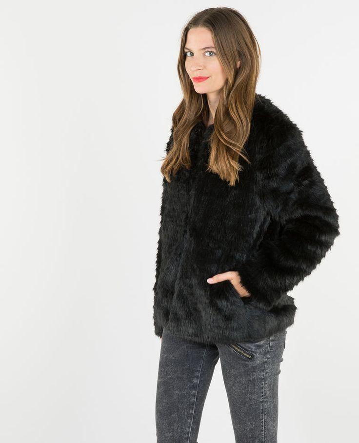 Manteau fausse fourrure noir Taille L