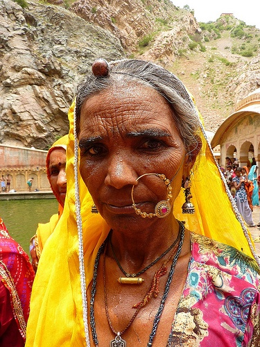 Indian woman at Galta temple (Monkey Temple) in Jaipur, India