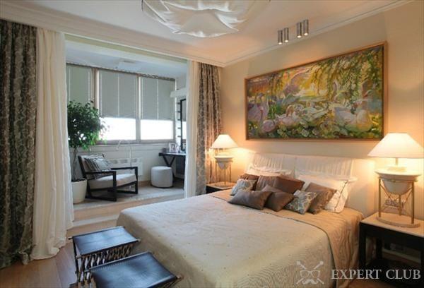 Спальня с балконом – решение проблемы малого метража и уникальный дизайн