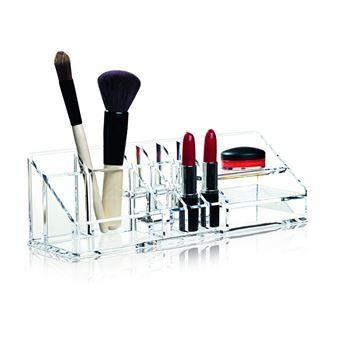 Organisera ditt smink och skönhetsprodukter på ett snyggt sätt med make-up organizer från Nomess Copenhagen. Smink-organizern är tillverkad i klar akryl och rymmer alla möjliga tänkbara sminkprodukter och visar upp dem på ett överskådligt och snyggt sätt! Välj mellan olika storlekar.