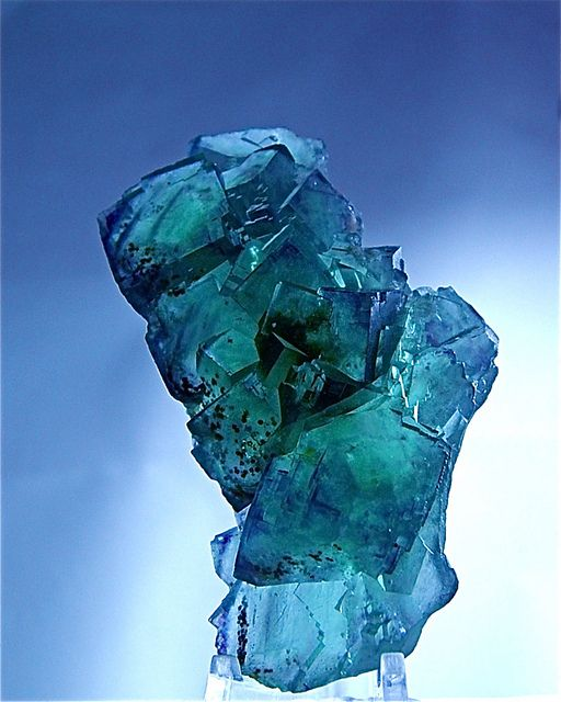 "Fluorite crystals from the Okorusu Mine in Namibia, 4"" , howie516"