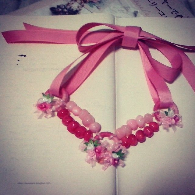 'Absolutely Girl'. #kalung #baru!  Fresh from the oven :D  I thought making this #necklace was easy. Instead I need long time and patience
