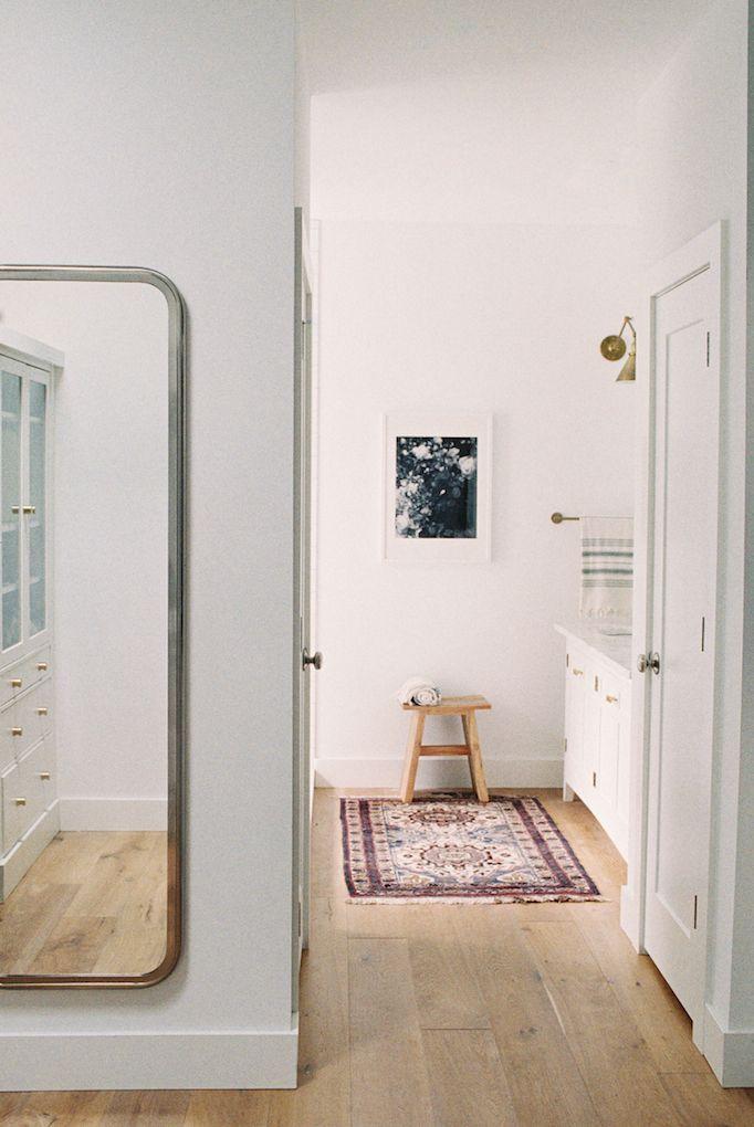 BECKI OWENS- Dream Home: An All American Modern Farmhouse