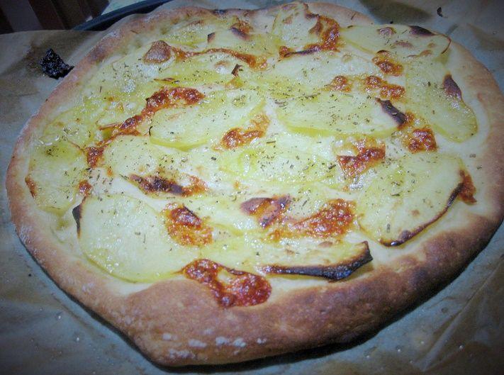 pizza con farina di kamut e patate #vegetarianpizza #vegetarianrecipe #ricettavegetariana #pizzadikamut
