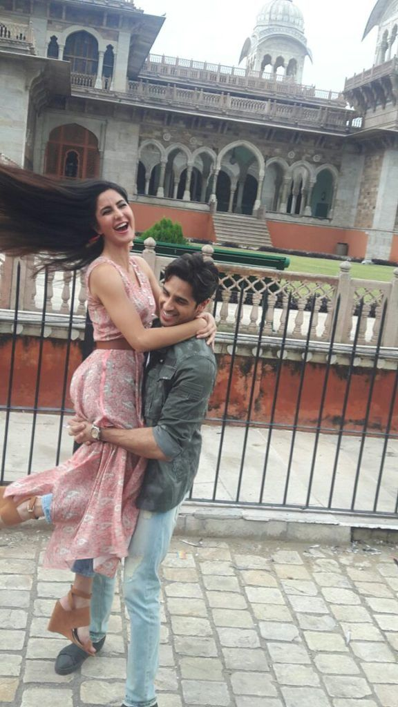 Sidharth Malhotra and Katrina Kaif just cant stop getting close chemistry rules during promotions