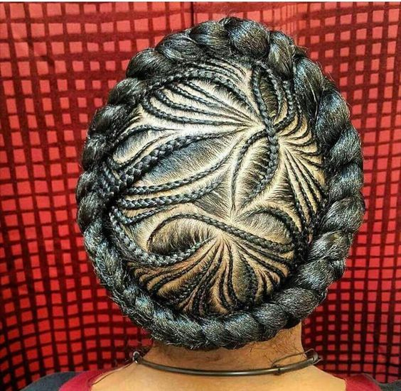 Click here to buy DESIGN ESSENTIALS HONEY CURL FORMING CUSTARD to create a gorgeous halo braid style