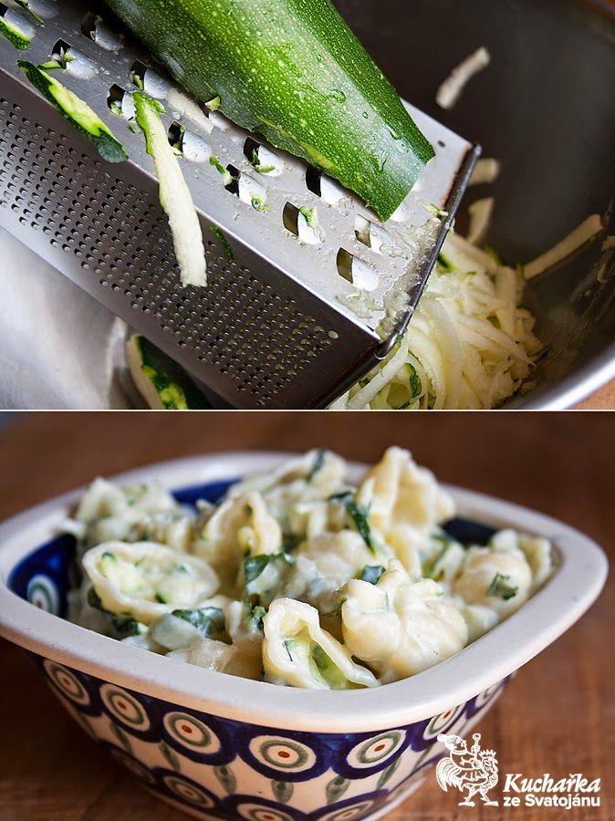 Kuchařka ze Svatojánu: TĚSTOVINOVÝ SALÁT S CUKETOU