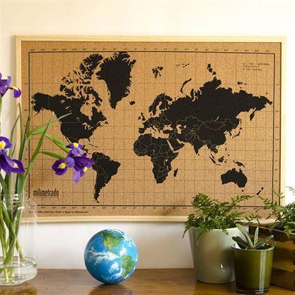 Bij Milimetrado zijn ze creatief met kurk. Zo hebben ze er deze wereldkaart van gemaakt! Het is meteen een handig prikbord voor ansichtkaarten, foto's en andere herinneringen. Prachtig gedetailleerd, de mooiste manier om je reizen te herinneren.