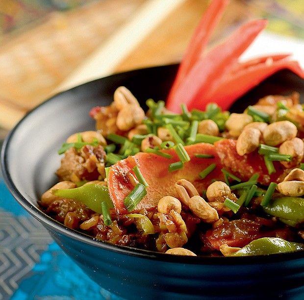 Receita vietnamita de arroz jasmim com filé-mignon, imperdível e saboroso da chef Renata, do Marakuthai.
