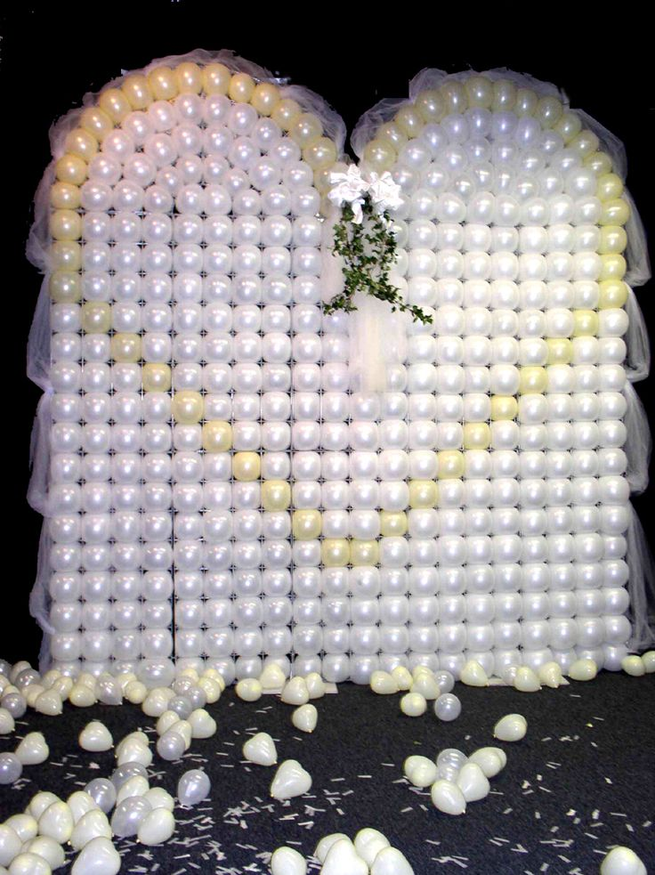 55 best images about wedding decor on pinterest wedding for Balloon backdrop decoration