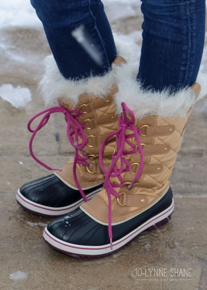 Must-Have Winter Boots 2014: my top 5 must-have boots! All available at @zappos AD | fashion over 40 | winter outfits