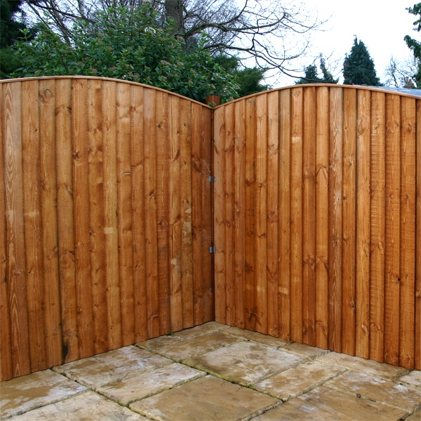5ft x 6ft Waltons Vertical Feather Edge Curved Wooden Fence Panels on Walton Garden Buildings