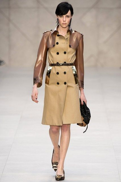 Burberry Prorsum (by Christopher Bailey) - www.vogue.co.uk/fashion/autumn-winter-2013/ready-to-wear/burberry-prorsum/full-length-photos/gallery/933907