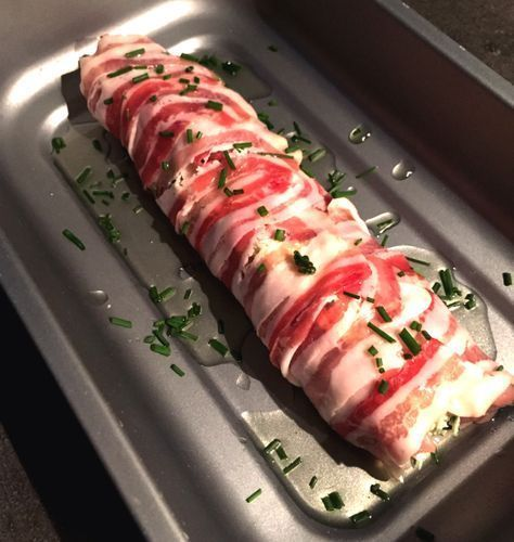 Elke keer is deze gevulde varkenshaas weer een feestje. Fris van smaak, knapperige pancetta & snel klaar. Een heerlijke gevulde varkenshaas!