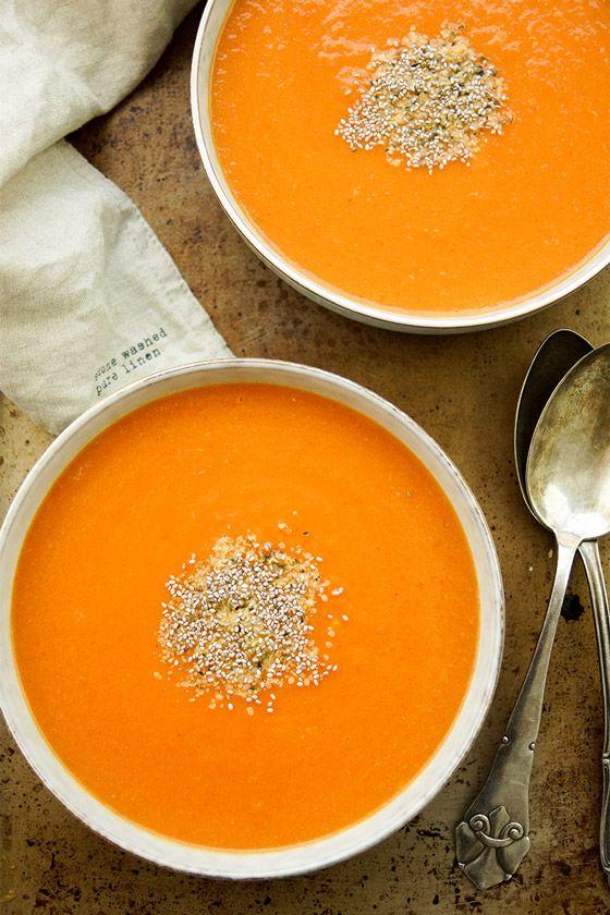 Vegan Detox Gemüsesuppe Rezept Zwiebel, Rote Beete, Karotte, Paprika, Verkaufen …   – food