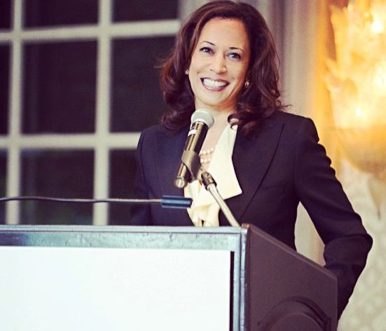 Kamala Harris: Amazing Story of Beauty with Brains. Full Story: http://www.womenfitness.net/kamala-harris/