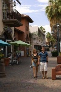 Pedestrian-friendly downtown Palm Springs has a Mediterranean feel, perfect for spending a relaxing afternoon!