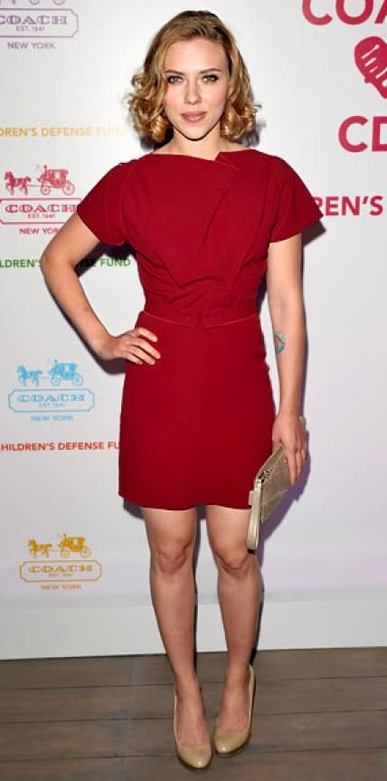 Look of the Day › April 21, 2011 WHAT SHE WORE Johansson arrived at the Children's Defense Fund benefit hosted by Coach in a waist-cinching Roland Mouret dress and nude heels.