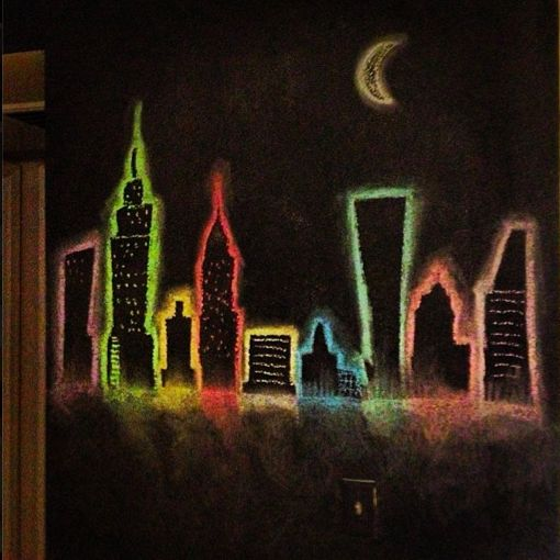 Amazing Race task could be to correctly identify cities based on an iconic feature - - - New York City Skyline chalkboard wall, great idea for a kid's room!