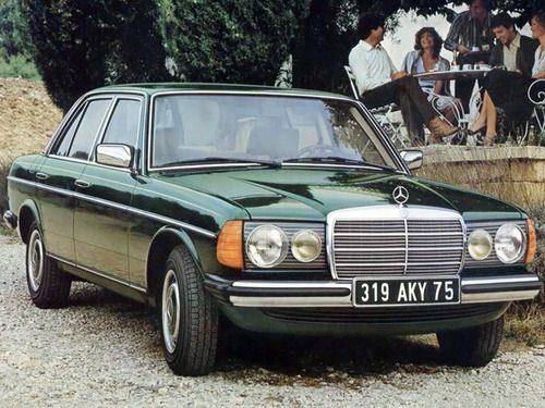 Mercedes 240D / W123