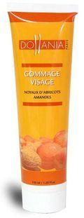 Indispensable, le gommage visage aux noyaux d'abricot , à utiliser une à deux fois par semaine pour une peau saine. Prix unitaire 4 €.