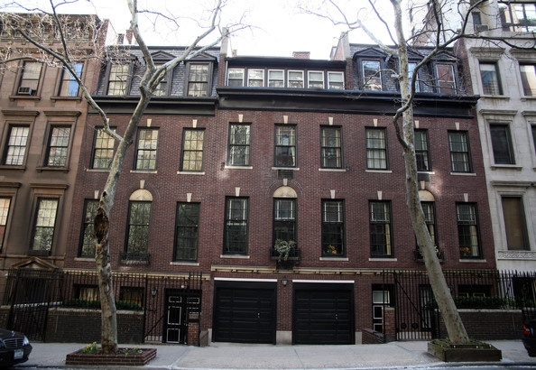 14 best images about company ideas on pinterest for Nyc townhouse with garage