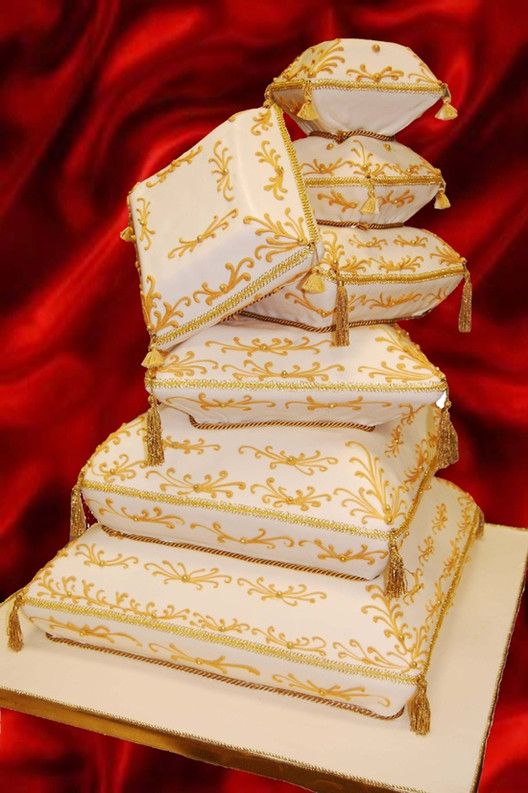 Pillow Wedding Cakes   ... Story, Life Style, Wedding Photos: Top 5 Yellow Wedding Cake Ideas