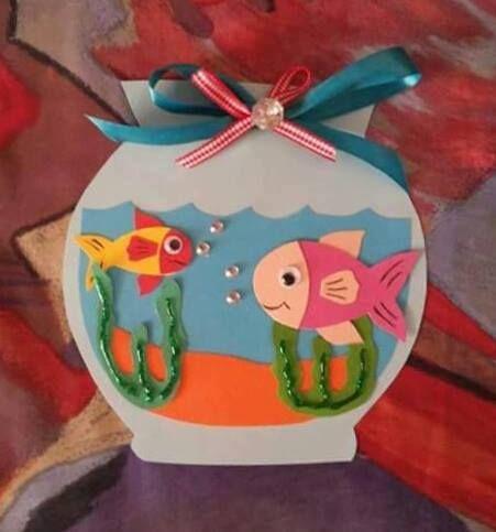 ~Γυάλα με ψαράκια από χαρτόνι~