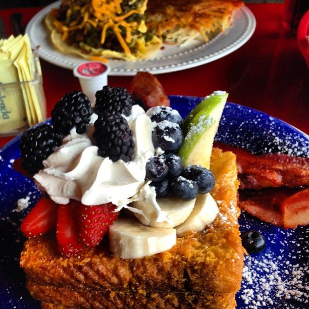 Blue Moon Cafe - Baltimore, MD - Red Velvet Pancakes, Cap N Crunch French Toast, Lump Crab Meat Eggs Benedict