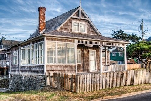 pin by jeanettegaultjohnson on seaside beach house beach cottages rh pinterest com tumwater cottages seaside oregon seaside oregon honeymoon cottages