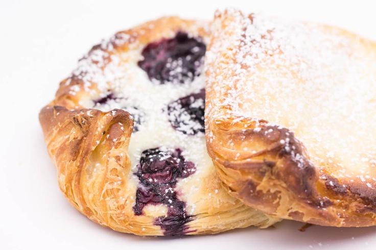 Hovkonditorn: Sourdough Danish Pastry / Wienerbröd av surdeg