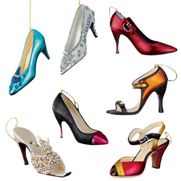 moksha.hu   Exkluzív cipőgyűjtemény a karácsonyfán   http://www.moksha.hu