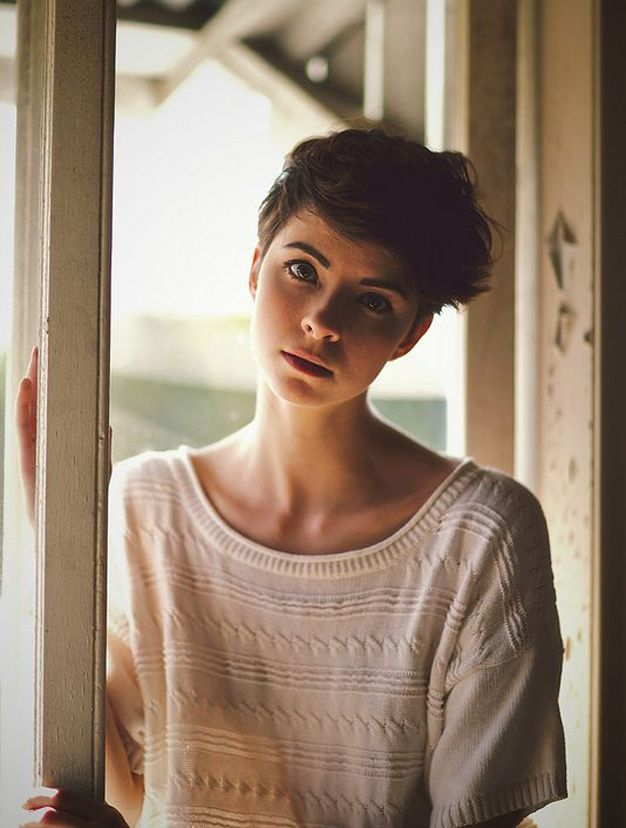 Les plus belles coupes courtes vues sur Pinterest Coupe cheveux courts ondulés
