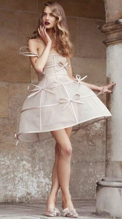 Unusual but gorgeous dress by Valentino!