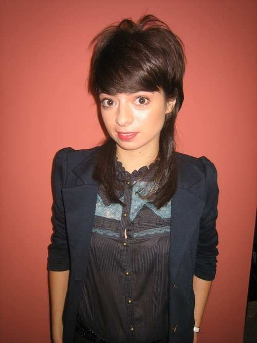 blunt haircuts with bangs 5165 kate micucci jpg 500 215 667 big theory 5165