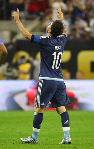 #COPA2016 Lionel Messi of Argentina reacts after scoring a goal on a free kick in the first half against the United States during a 2016 Copa America...