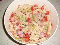 Těstovinový salát se zeleninou a dresinkem-DĚKUJI VARENI.CZ