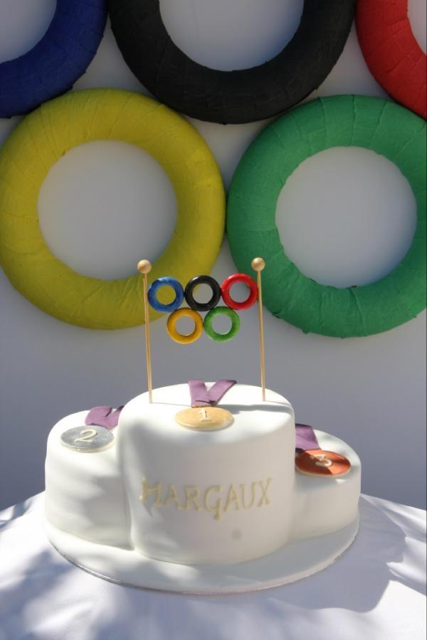 Olympic party podium cake  www.let-them-eat.co.uk