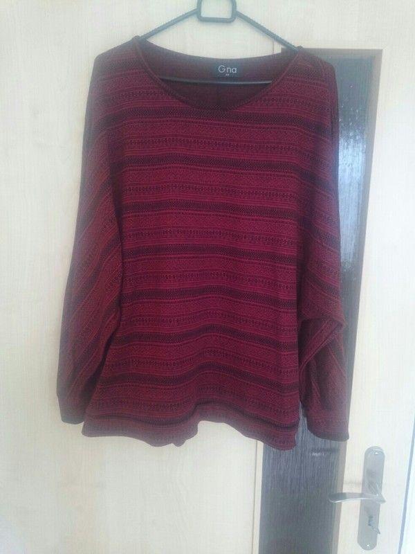 Červený svetřík