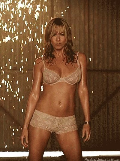 is jennifer aniston dating anyone Find out the latest news regarding jennifer aniston & justin theroux's breakup.
