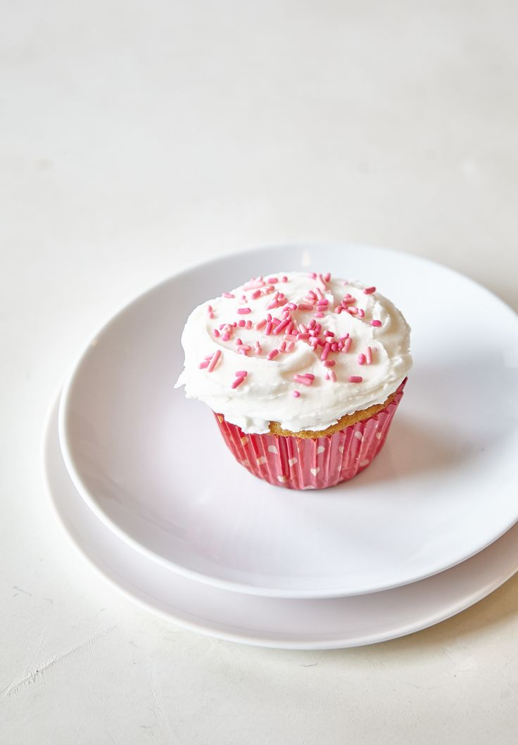 Do you ever have the hankering for a perfect vanilla cupcake, but don't want to have a whole dozen sitting around once you've satisfied that craving? A single vanilla cupcake can be baked in a toaster oven with just a few pantry staples that you probably already have at home. This single vanilla cupcake doesn't even require a scale.